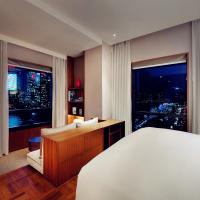 Shanghai Suite with River View