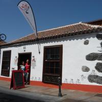 Hotel Pictures: El Porvenir, Los Llanos de Aridane