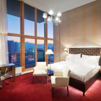 Royal Club Deluxe Suite with Free Sky Bar Consumption