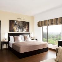 Executive Suite with Private airport pick up & drop