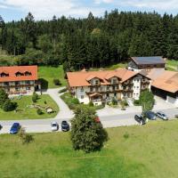 Hotel Pictures: Erlebnishof Reiner, Sankt Englmar