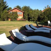 Zdjęcia hotelu: Cabañas Natural Park Lodge Pucon, Pucón