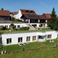Hotel Pictures: Gesundheits-und Wellnesshotel Pusl, Stamsried