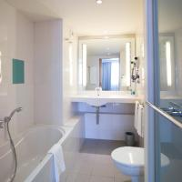 Double Room (1 - 2 Adults)