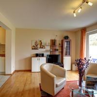 Hotel Pictures: Apartment Maarbach, Schalkenmehren
