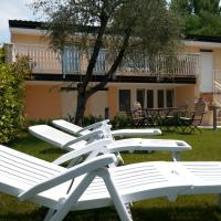 Hotelbilleder: Appartamento Villa Elison, Lazise