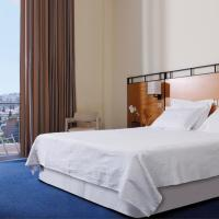 Comfort Triple Room with Partial Sea View