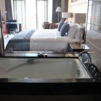 Executive King Room with River View