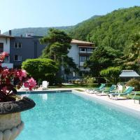 Hotel Pictures: Hostellerie des 7 Molles - Chateaux et Hotels Collection, Sauveterre