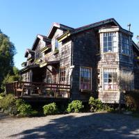 Hotel Pictures: Cabañas & Cafe Lahuel, Puerto Varas