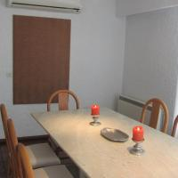 Four-Bedroom Apartment (7 Adults) with Sea View