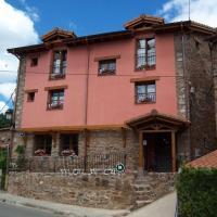 Hotel Pictures: Casa Rural La Chota Marela, Zorraquín