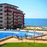 Hotel Pictures: Marina Fort Beach Apartments, Elenite