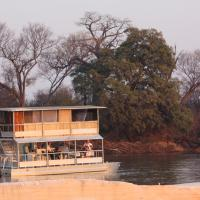 Hotellikuvia: Ndhovu Safari Lodge, Mahango