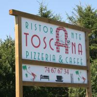 Hotel Pictures: Toscana Restaurant and Bed & Breakfast, Padborg