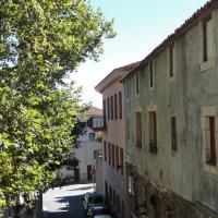 Hotel Pictures: Ca l'Amadeu, Vilanova de Escornalbou