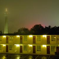 Zdjęcia hotelu: Fairway Inn by the Falls by Elevate Rooms, Niagara Falls