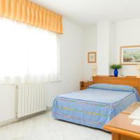 Hotel Pictures: Hostal Camino Real, Granada
