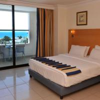 Standard Double or Twin Room with Sea View and Balcony