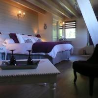 Hotel Pictures: La Maison sur les Nuages, Saint-Christophe