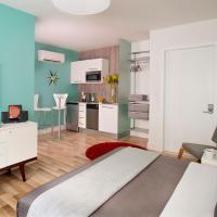Studio with Queen Bed
