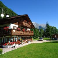 Zdjęcia hotelu: Landhaus Manuela & Haus Michael, Leutasch
