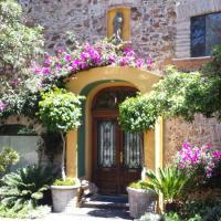 ホテル写真: La Casa de la Rosa Rosa- Boutique Villas Xichu, サンミゲル・デ・アジェンデ