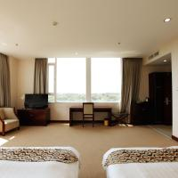 Business Twin Room with Garden View