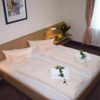 Hotel Pictures: Altmühlberg Hotel & Restaurant, Beilngries