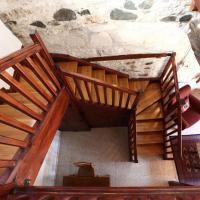Three-Bedroom Cottage - Split Level