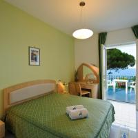 Standard Double Room with Private Terrace and Sea View