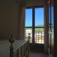 Hotel Pictures: Hostal Altamira Guadalupe, Guadalupe