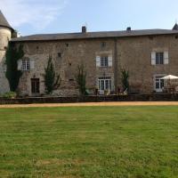 Hotel Pictures: Chateau de Roussac, Roussac