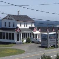 Hotel Pictures: Hôtel Motel du Rocher, Rivière-la-Madeleine