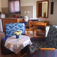 Family Room with Kitchenette (2 Adults + 2 Children)