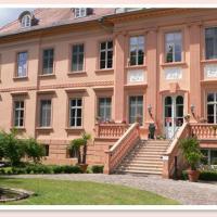 Hotel Pictures: Schloss-gut-Hotel Schloss- und Wellnesshotel Rühstädt, Rühstädt