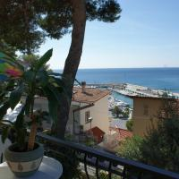 Large One-Bedroom Apartment with Sea View (4 Adults)