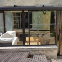 Hotel Pictures: La Maison Bleue, Courseulles-sur-Mer