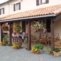 Hotel Pictures: La Grange Delhoume, Confolens