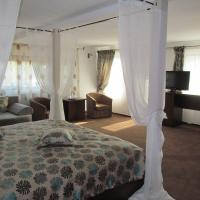 Junior Suite with Canopy bed