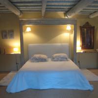 Hotel Pictures: Mas du Moutet, La Capelle-et-Masmolène