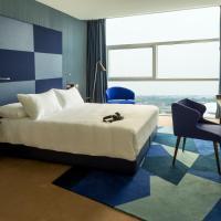 Queen Room - Upper Floors