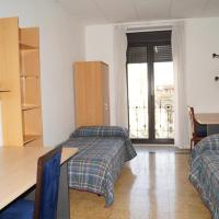 Double or Twin Room with Shared Bathroom - Bajo Coso 87