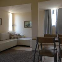 One-Bedroom Apartment with - 8 Arlozorov