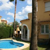 Hotel Pictures: Villas Oliva Nova Golf Green House, Oliva