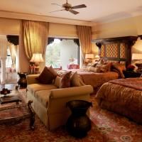 Royal Suite with Garden View