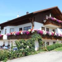 Hotelbilleder: Ferienwohnungen Kasparbauer, Regen