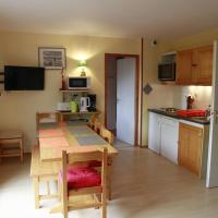 Two-Bedroom Apartment (8 Adults)