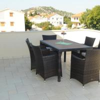 Two-Bedroom Apartment with Terrace (5 Adults)
