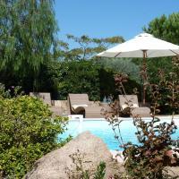 Hotel Pictures: Studio Marina Rossa, Porto-Vecchio